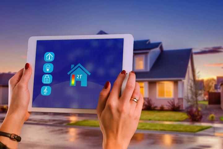 Btr Smart Home 3920905 1920